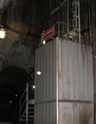 Zastosowanie wind i platform w przemyśle wydobywczym