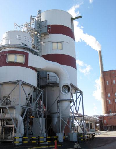 Zastosowanie wind i platform w przemyśle papierniczym